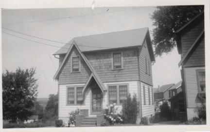 1580 JULIAN TERR-1930s