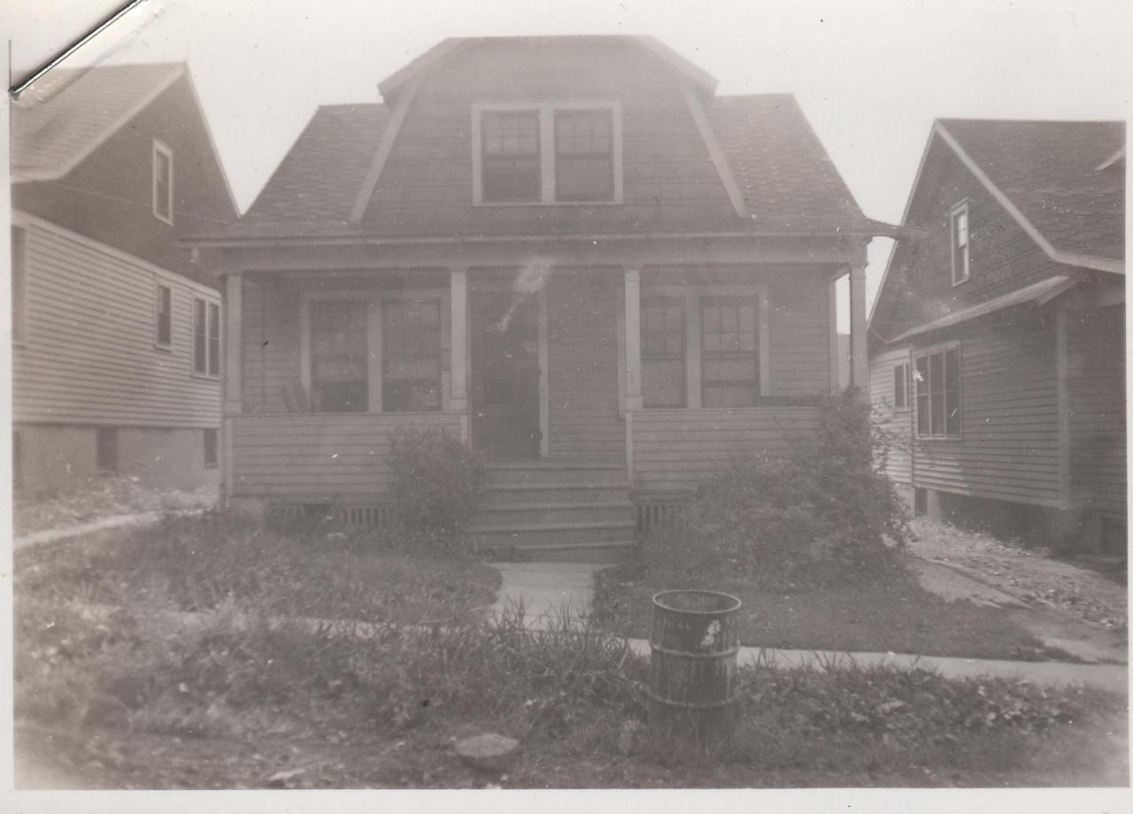 1585 ANDREW 1938