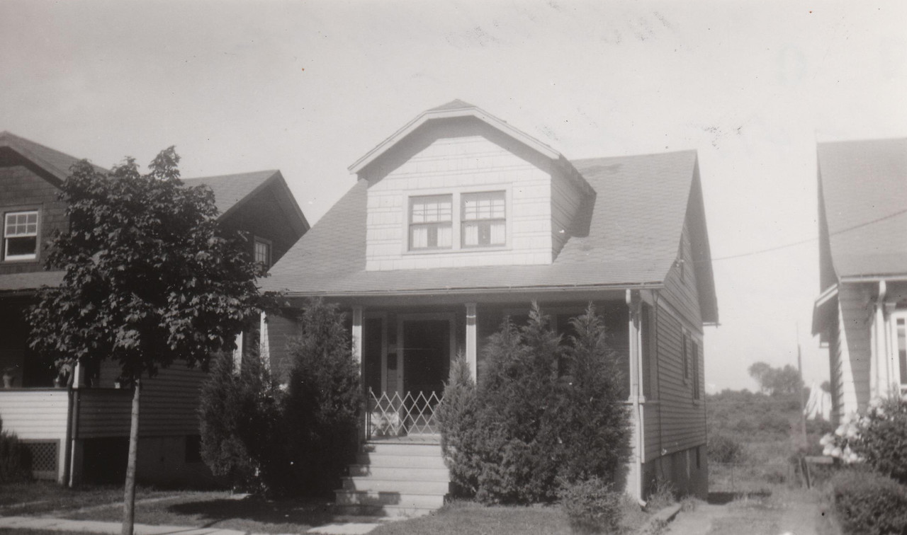1066 WOOLEY 1930