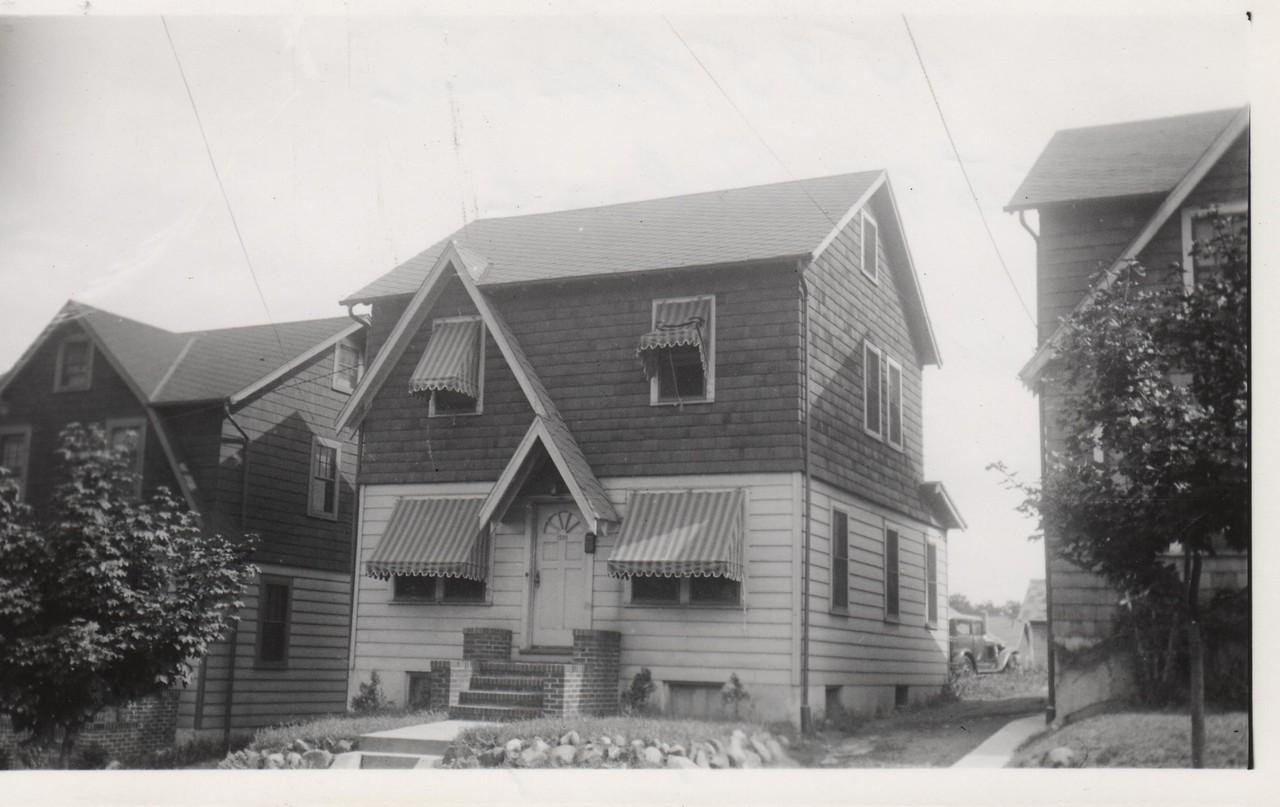 1535 ROSE TERR 1930