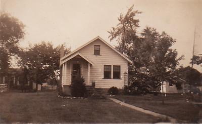 937 West Chestnut