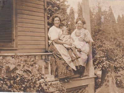 Clara Hopkins c Muriel, Mamie Smith c Eddie? -1