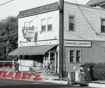 Where Padonno's Pizza currently resides we Costa's Sweets Lunchionette. This photo was taken in the late 1960s.