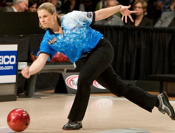 "Kelly Kulick ""The Billie Jean King of bowling"" (born March 16, 1977) is an American professional bowler and sportscaster. She has won ten professional women's bowling titles (six of them majors) and one PBA Tour title (a major). She is a 14-time member of Team USA (1998–2001, 2008, 2010–2018). Kulick is currently a pro staff member for Storm Bowling, Vise grips and High 5 gear.[1] She has won four medals at The World Games, including two golds. https://en.wikipedia.org/wiki/Kelly_Kulick"