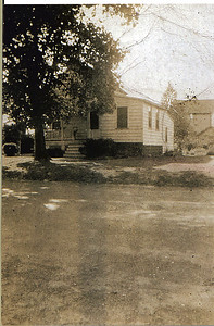 Taken about 1915, this photo shows the Wade house where Hanna Caldwell's body was taken after she was murdered by a British soldier in 1780. Long time Union resident Al Koenig recalls living there as a child. The house was located at 890 Caldwell Avenue across the street and 4 houses south of the Caldwell Parsonage. This photo is a very important and exciting discovery.