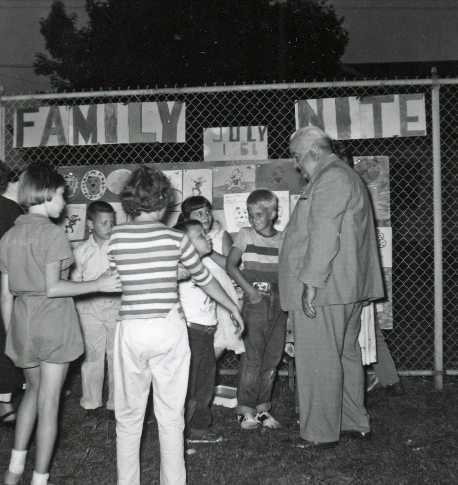 FAMILY NIGHT-HIGHSCHOOL PLAYGROUND NOW BURNET MIDDLE SCHOOL 1961 001