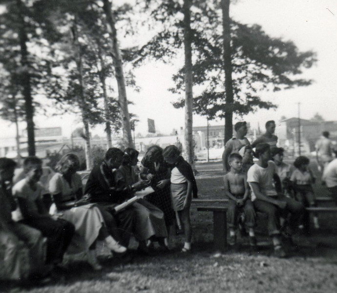 FRIBERGER PARK FIELD DAY 1948 011