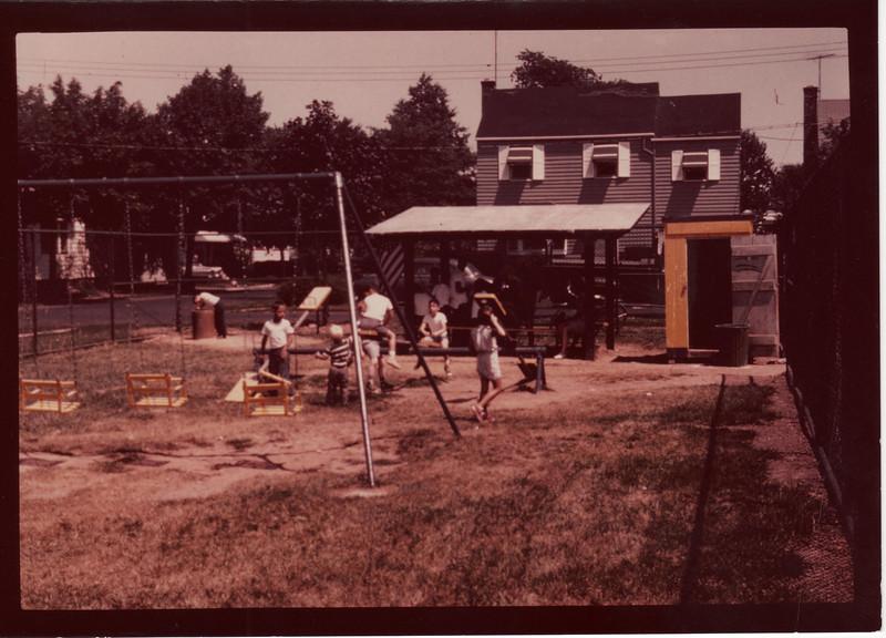 CHESTNUT HILL PLAYGROUND NOW PETT PARK 1960
