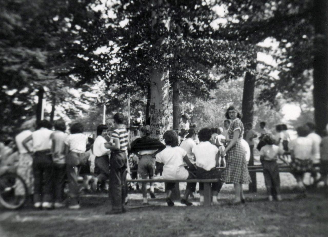 FRIBERGER PARK FIELD DAY 1948 008