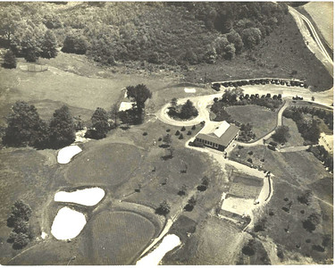 Aerial view of the Galloping Hill Golf Course and club in the 40's
