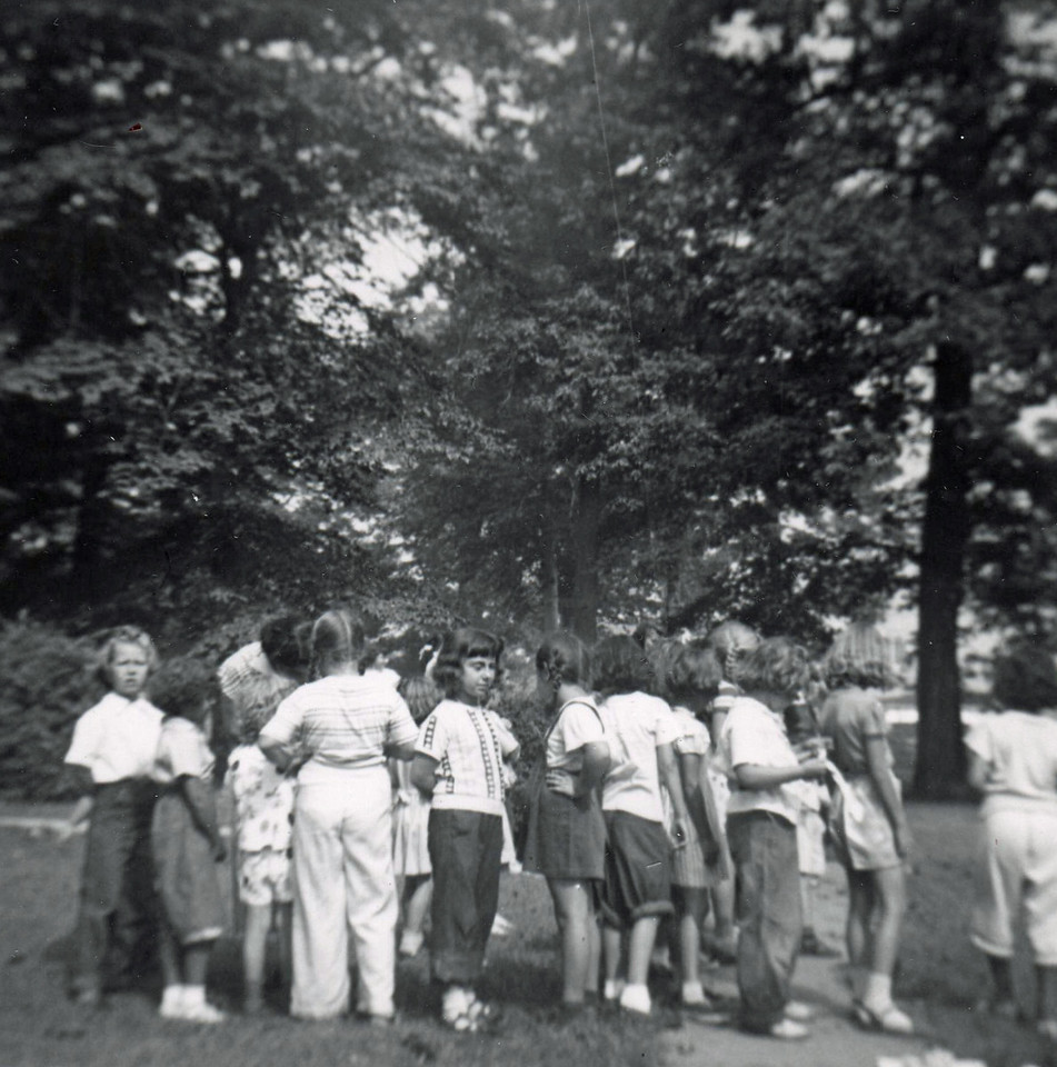 FRIBERGER PARK FIELD DAY 1948 015