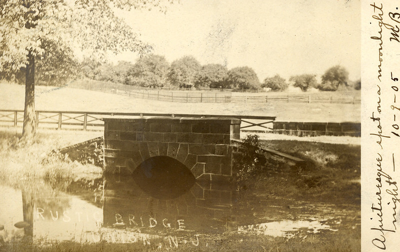 Unknown location in 1905. Let us know if it looks familiar...