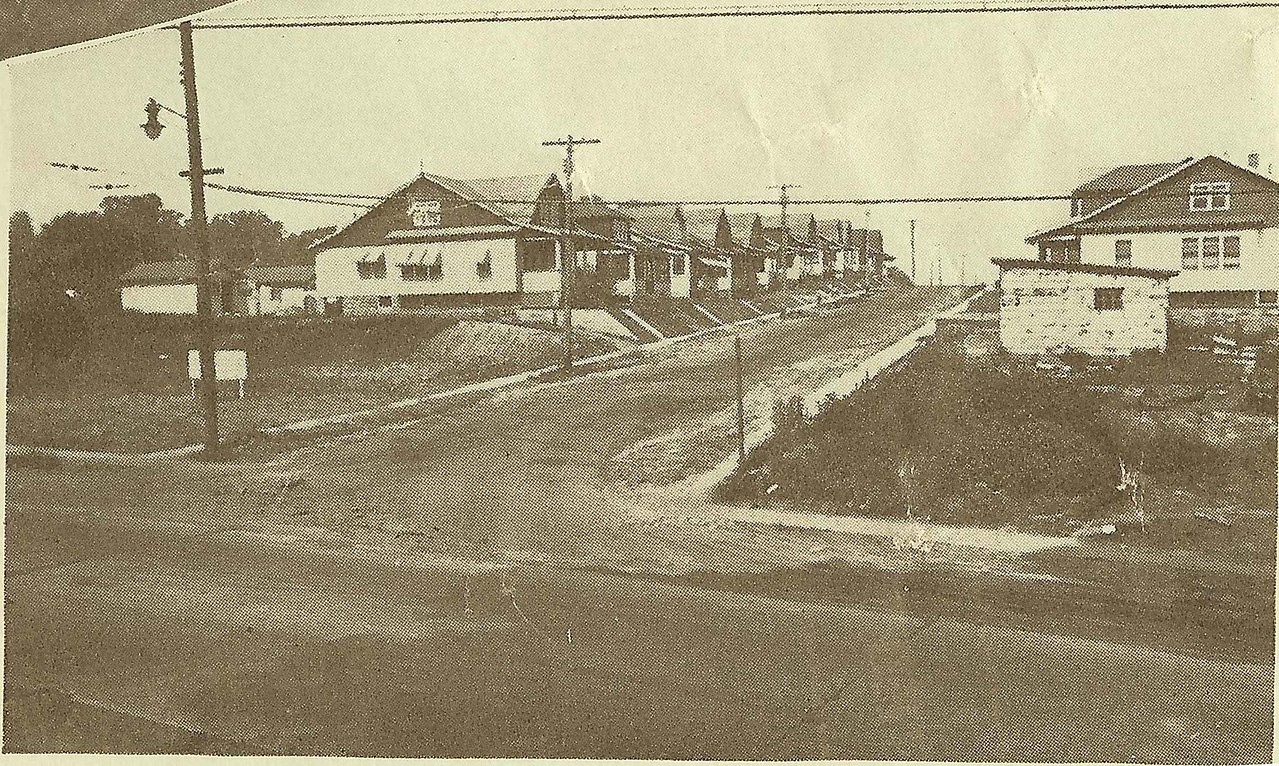 Globe Ave. at Chestnut St. in 1929.