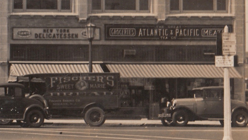 1000 Stuyvesant Ave. in Union Center in the 1930s. A delivery truck probably droping off a fresh load of Sweet Marie Bread to the A & P store.