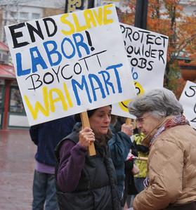 Walmart protest Boulder, Co 11/12 (2)