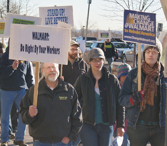 Black Friday Walmart Protest '12 (15)