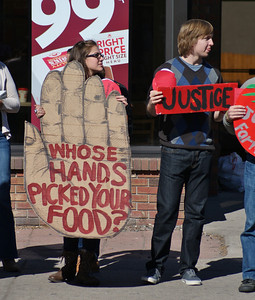 Supporters of the Fair Food Program, a Jobs With Justice affiliate, demonstrate for farmworkers rights at a Wendy's restaurant in Denver, Colorado (2/16/13)
