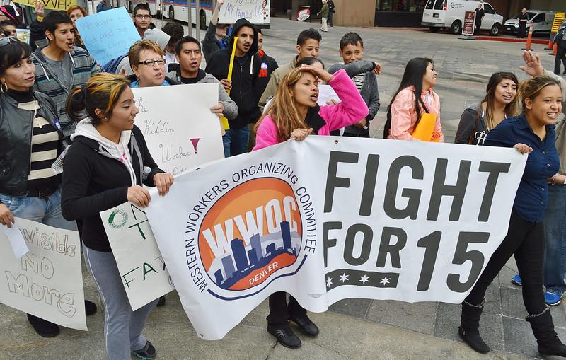 fast-food-workers-protest-Denver4-15