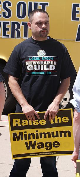 unions-minimum-wage-18