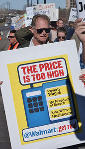 Black Friday Walmart protest '13 (32)