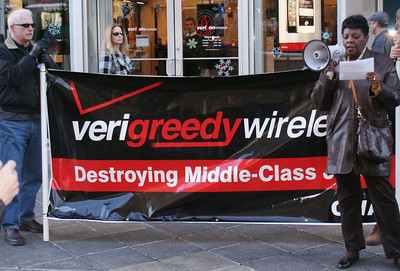 Jobs With Justice Verizon protest '11 (12)