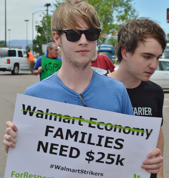 walmart-protest-cc-23
