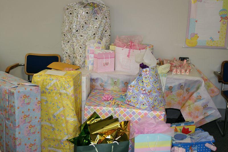 Allison Costa Baby Shower 03-November-04 - 014