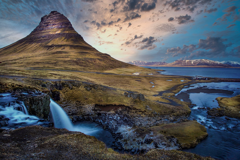 Kirkjufell Mountain, Snaefelsness Peninsula, Iceland