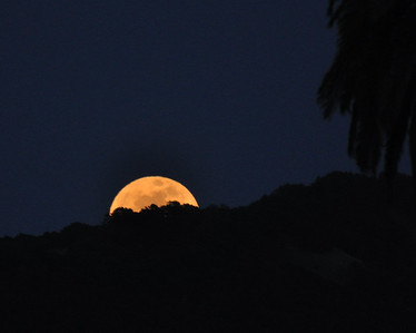 """Super"" Moon over Napa hills, May 2012"