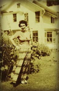 Lady in the garden in 1943
