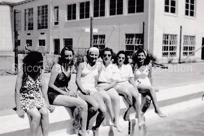 New Mexico College swimming pool group shot in 1947