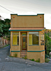 Small adobe house at 105-B Taylor Street in Bisbee, Arizona