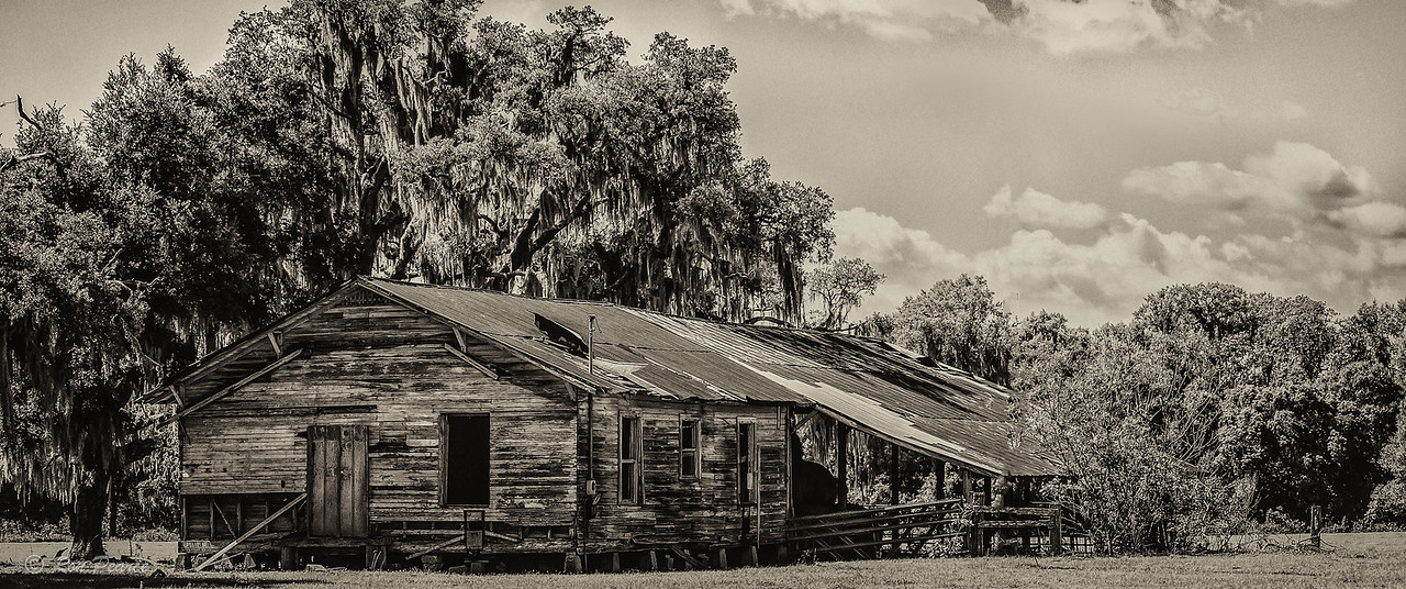 Old Florida cattle ranch building.