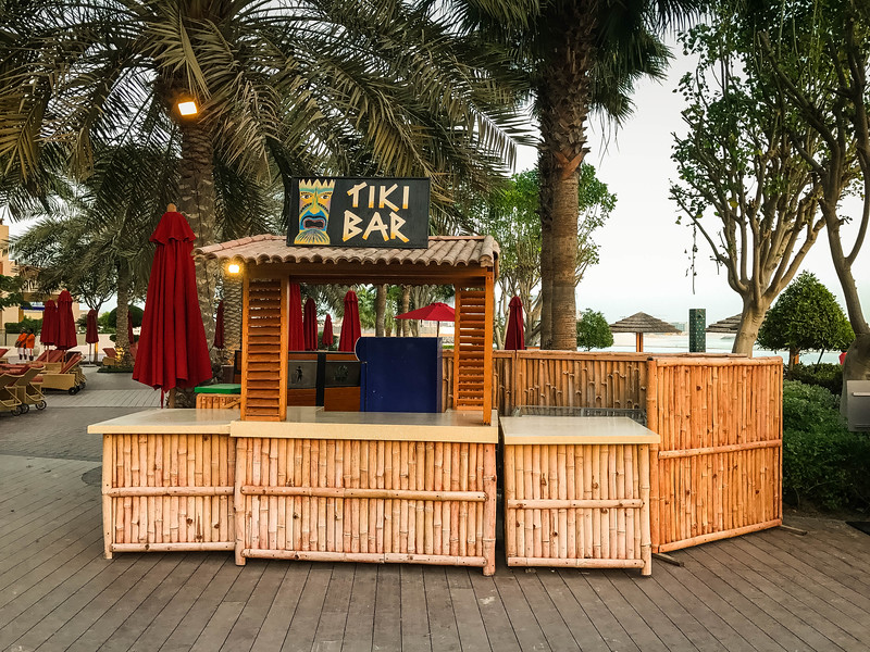 tiki bar khalidiya palace