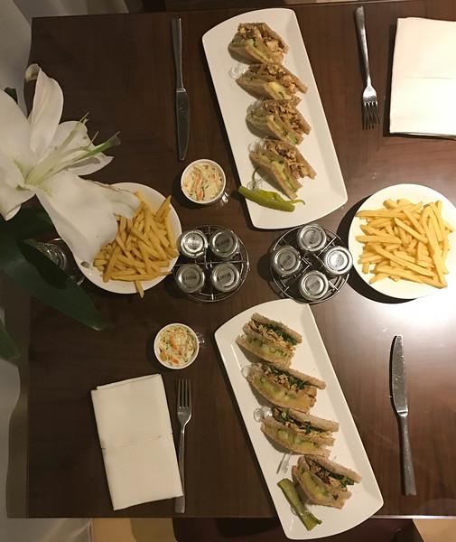 khalidiya palace room service