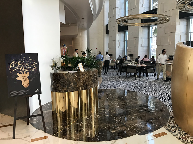 shangri la hotel in dubai lobby
