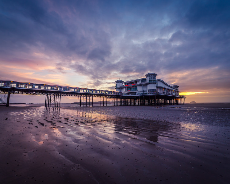 Weston Pier at low tide