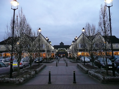 Boxing day shopping at the factory outlets out near Oxford