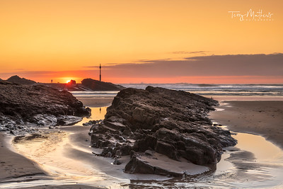 UK Weather: Beuatiful sunset on Summerleaze Beach in Bude, North Cornwall