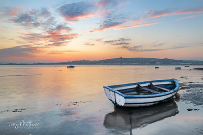 UK Weather: Bright and colourful start to the day in Appledore, North Devon.