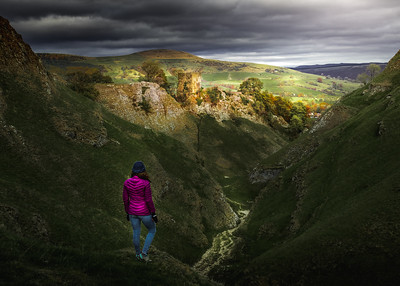 Finding Light! - Cave Dale Valley, Peak District