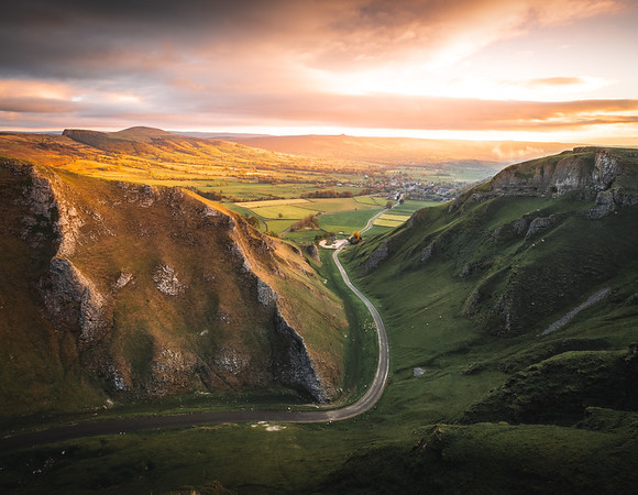 Road to Sunrise! - Winnats Pass, Peak District