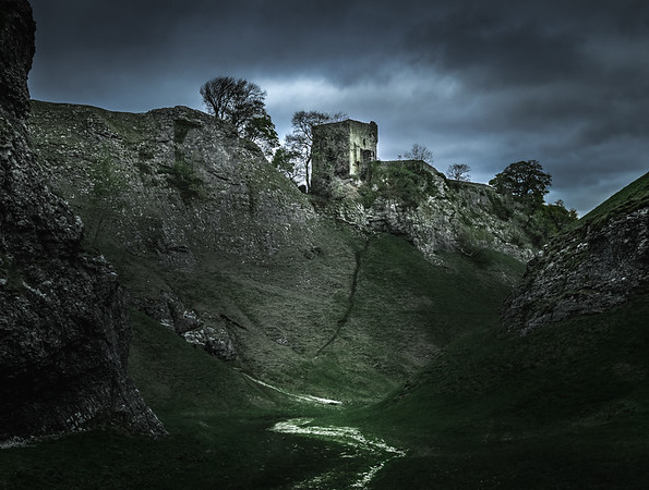 Guarding the Valley - Peveril Castle, Peak District
