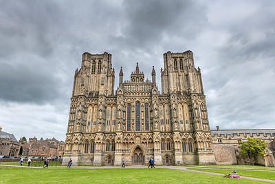 Wells  Somerset -Cathedral Green