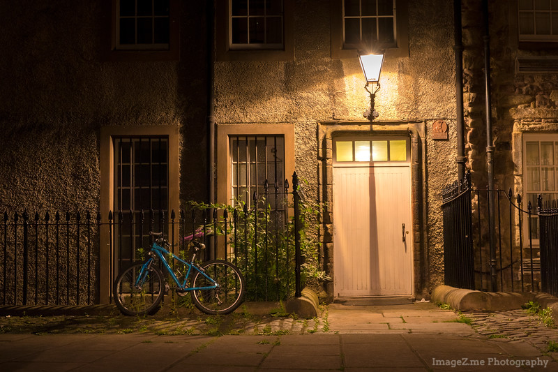 A quiet midnight at one of the back alley in Edinburg.
