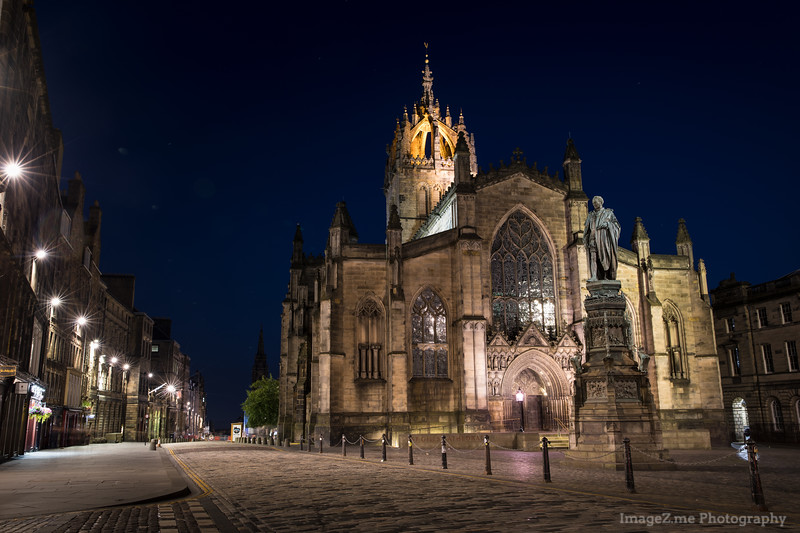 Empty midnight street of Edinburg