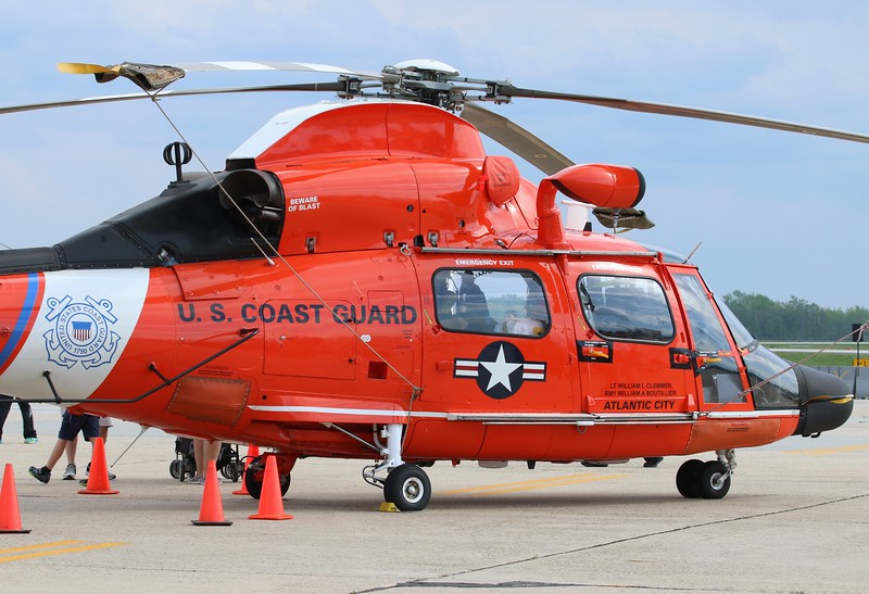 MH-65D Dolphin from CGAS Atlantic City