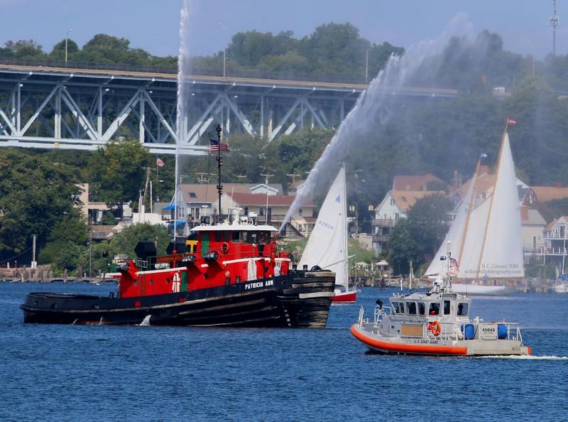 "45' Medium Response Boat [45649] & Tug ""Patricia Ann"" Thames River"