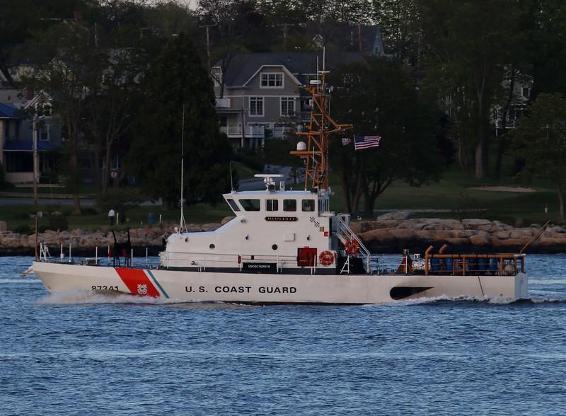 87' Patrol Boat BONITO (WPB87341) Thames River