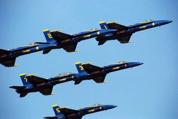 Brunswick NAS  2008: Blue Angles